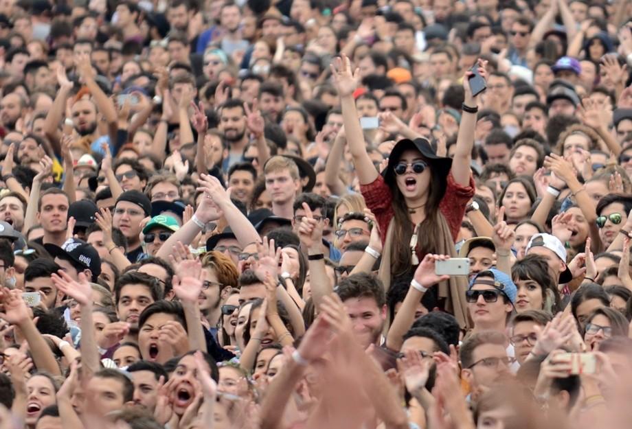 Sao Paulo (SP), 12/03/2016 - Lollapalooza Brasil 2016. Show da Of Monster and Men no palco Onix. Festival acontece no Autodromo de Interlagos. Foto: Lucas Tavares