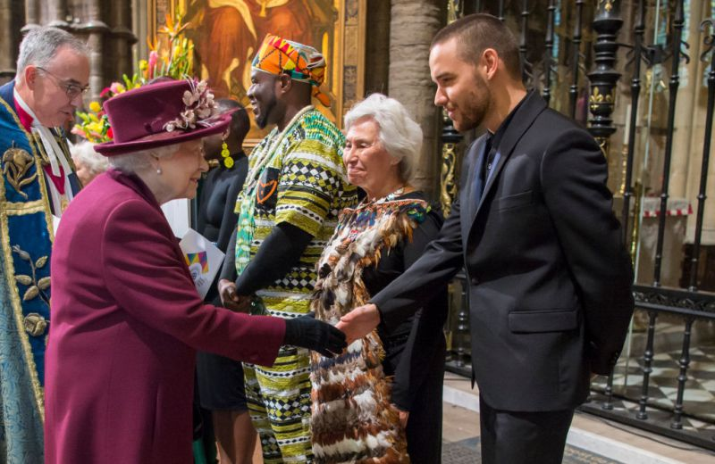 LONDON, UNITED KINGDOM - MARCH 12: Queen Elizabeth II meets British singer Liam Payne after the Commonwealth Service at Westminster Abbey on March 12, 2018 in London, England. Organised by The Royal Commonwealth Society, the Commonwealth Service is the largest annual inter-faith gathering in the United Kingdom. (Photo by Paul Grover - Pool/Getty Images)